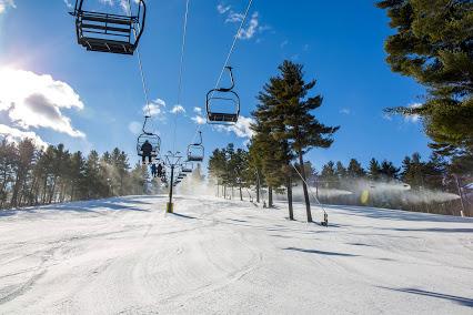 Avery Colby & The Ski Team