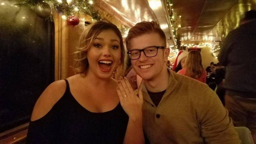 Couple+Gets+Engaged%2C+Then+Become+Heroes+on+the+Way+Home