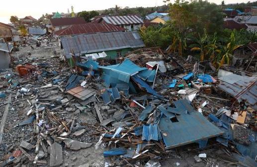 Indonesia Faces Earthquake and Tsunami, Killing More Than 1,200