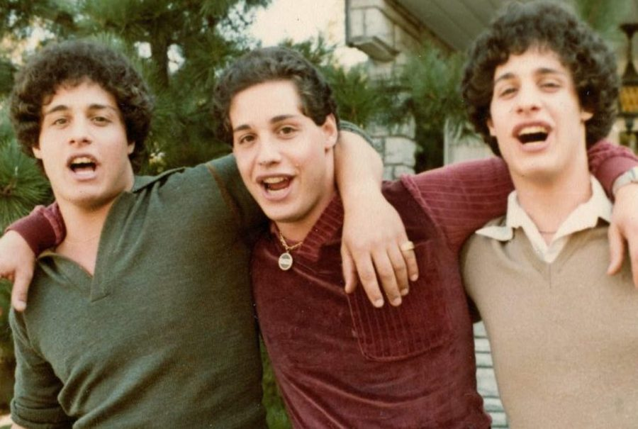 Twins+Reunite+After+Events+Depicted+in+%E2%80%9CThree+identical+strangers%E2%80%9D